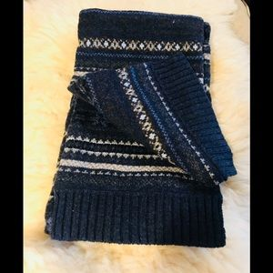 Other - 🧣💯lambswool winter scarf navy brown NWT 9x60
